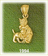 14k gold 3d cats charm