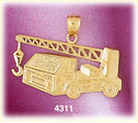 14kt yellow gold construction truck mounted crane charm